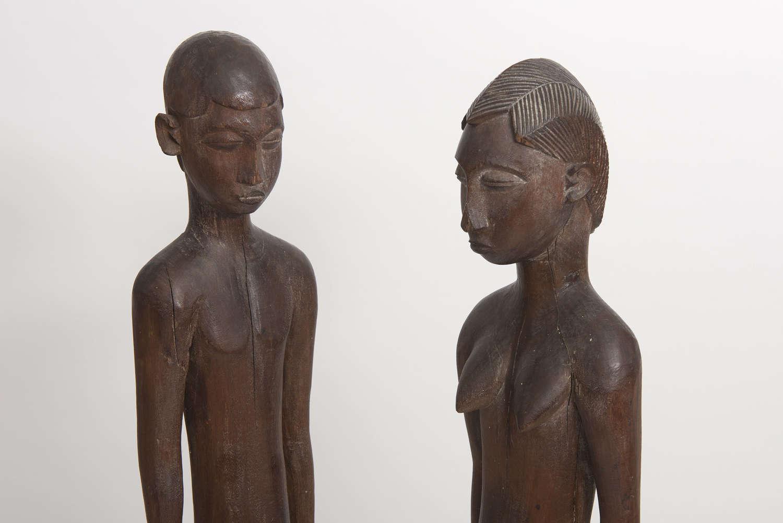 Pair large Lobi figures